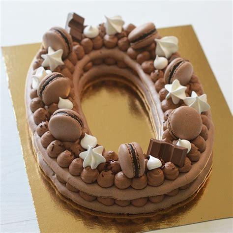 Recette du number cake 20 aux trois chocolat pour fêter le nouvel an ! Number cakes - Sunny Bakery