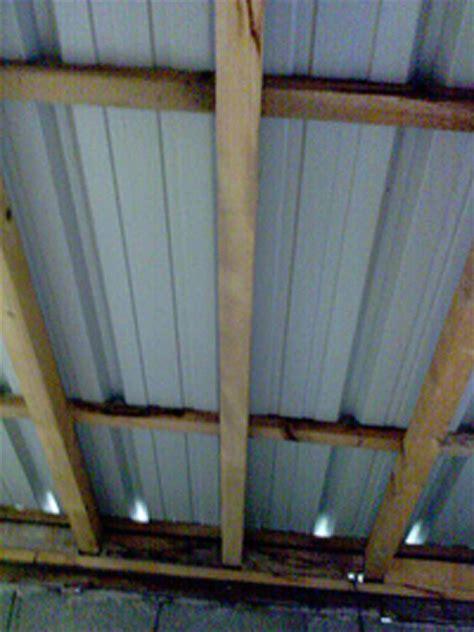 isolation toitures toit en toles de bardage couverture
