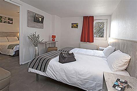 hotel chambre familiale tours chambres et tarifs du brit hotel bosquet carcassonne