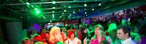Xxl Möbelhaus Frankfurt : living xxl frankfurt alle partys fotos club aktionen ~ Markanthonyermac.com Haus und Dekorationen