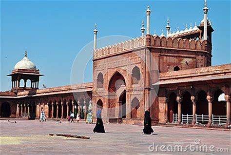 jama masjid  delhi india muslim women editorial