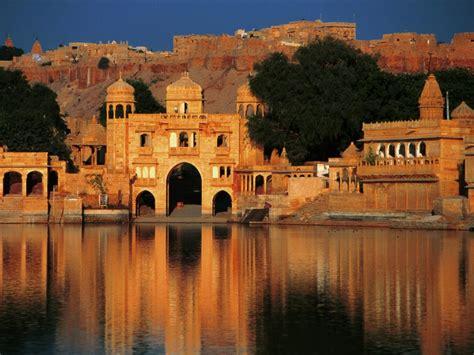 Gadi Sagar Tank in Jaisalmer Rajasthan   Hindu Devotional Blog