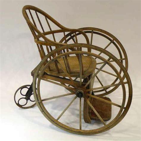 mobilier table chaise roulante en anglais