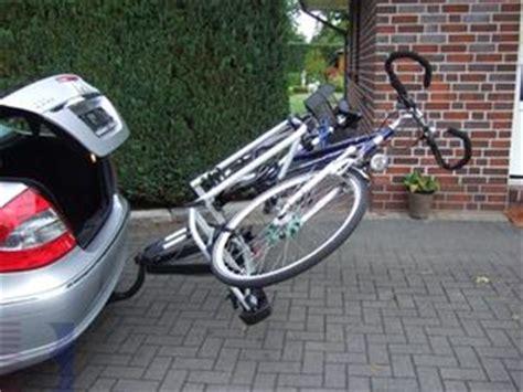 heckträger e bike e bike hecktr 228 ger atera strada sport m e bike zubeh 246 r f 252 r cing wohnmobil und wohnwagen
