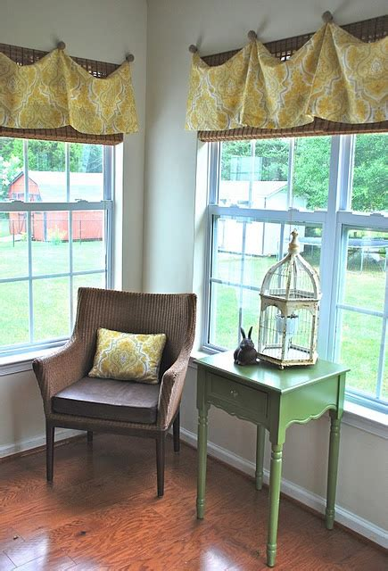 cute window treatment   dreamshouse