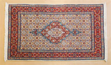 tappeti scendiletto moderni tappeti scendiletto persiani classici e moderni a torino