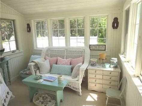 Stunning Small Cottages Designs Ideas by Decoration Small Cottage Decorating Ideas Interior