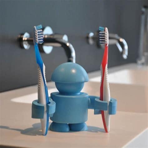 cool  unusual toothbrush holders design swan