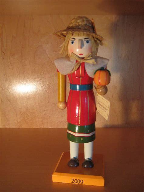 thanksgiving nutcrackers