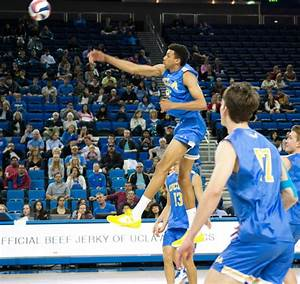 Men's volleyball prepares to play top-ranked Long Beach ...