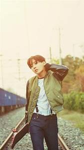 ~BTS Wallpapers~ — BTS Jhope Run Era Wallpapers ☀️ ...