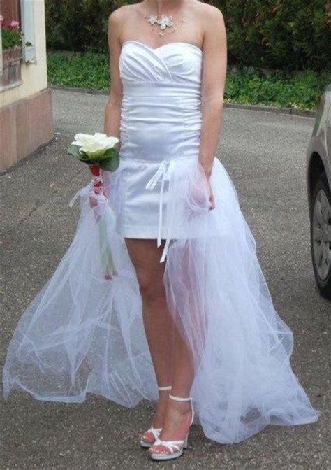 robe de mariee courte  traine amovible occasion du mariage