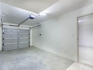 Prix Porte De Garage Basculante : prix et devis d une porte de garage basculante ~ Edinachiropracticcenter.com Idées de Décoration