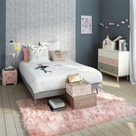 place du lit dans une chambre 1001 conseils et idées pour une chambre en et gris