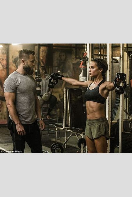 Alicia Vikander looks ripped in new Tomb Raider photos   Daily Mail Online