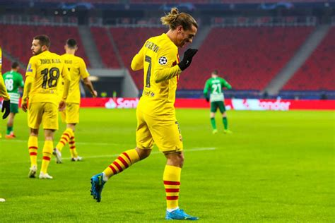 Kết quả Ferencvaros 0-3 Barcelona: Giải quyết nhanh gọn