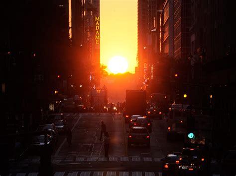 manhattanhenge   york citys   solstice