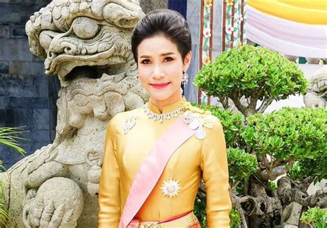 Image captionjust months ago sineenat wongvajirapakdi was being feted in an official royal biography. Thai king strips 'disloyal' royal consort of titles ...