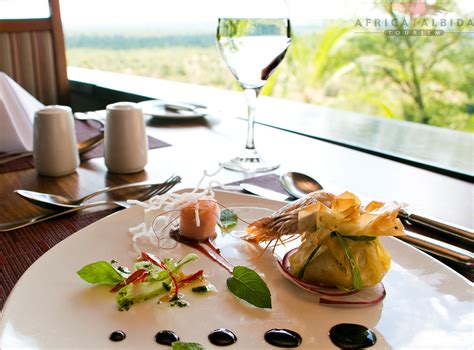Enjoy a relaxing luncheon at the Makuwa kuwa Restaurant