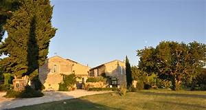 Un Mas En Provence : le mas en provence taulignan 22735 ~ Farleysfitness.com Idées de Décoration