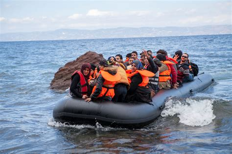 Boat Refugee Policy by Asylum Seeker And Migrant Flows In The Mediterranean Adapt