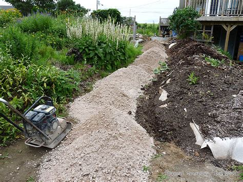 building a gravel path gravel path garden paths and walkways landscape and construction guide