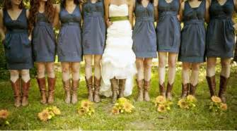 dresses to wear to a country wedding country wedding dresses with cowboy boots images inofashionstyle