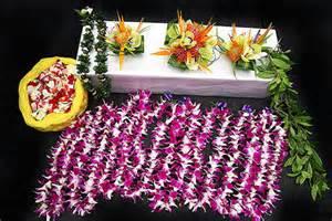 hawaiian wedding flowers a hawaii wedding wedding flowers