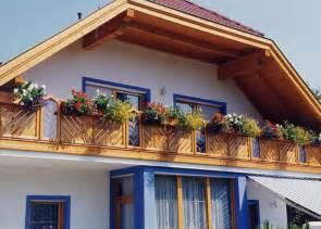 holz balkon holzbalkon holz balkongeländer leeb balkone