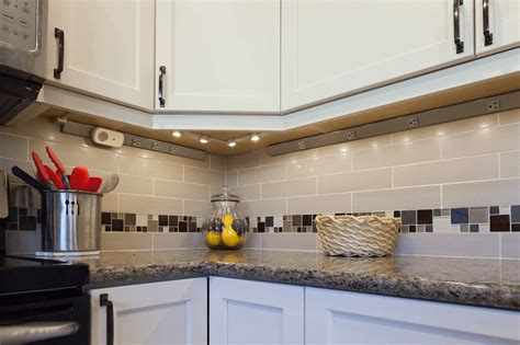 how to backsplash kitchen why kitchen countertops without backsplash