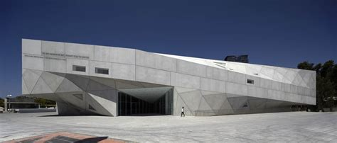 herta  amir building tel aviv museum  art