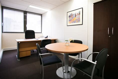 location de bureaux location de bureau à marseille pourquoi passer par l