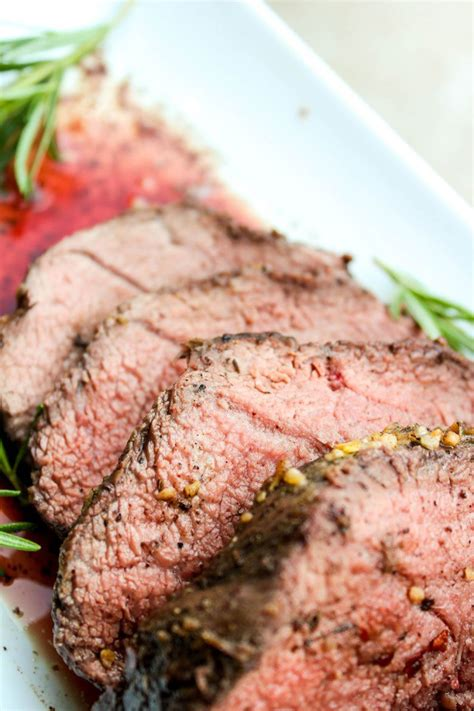 Position rack in center of oven and preheat to 425°f. Roasted Beef Tenderloin with Gorgonzola Pepper Cream Sauce | Beef recipes, Beef tenderloin, Recipes