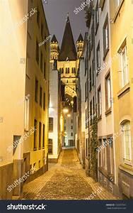 Narrow Street Cologne Germany Stock Photo 152257541