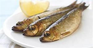 Tuna Vs. Sardines | LIVESTRONG.COM