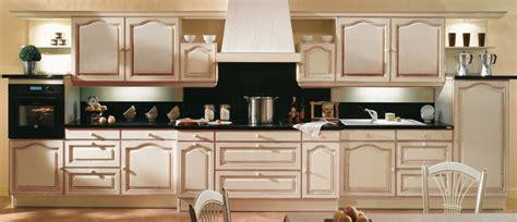 cuisines plus design cuisine equipee pour studio 2838 cuisine pas