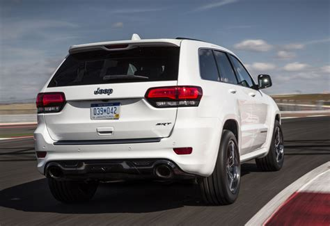 srt jeep jeep s grand cherokee srt for 2017 is more at home on the