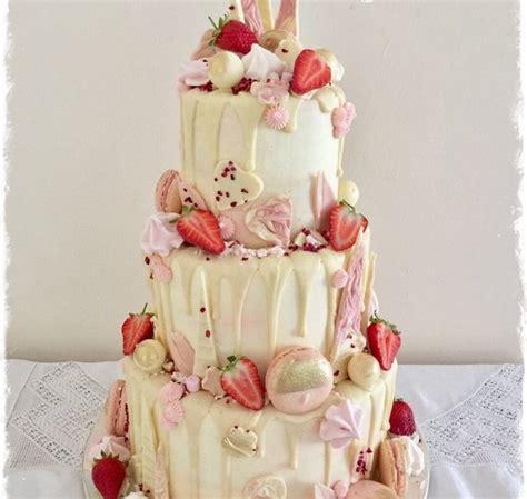 wedding cakes cake  sadie smith