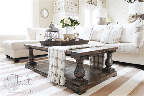 Here are the top 21 coffee table decor ideas by our expert interior designers. Thrifty and Chic - DIY Projects and Home Decor