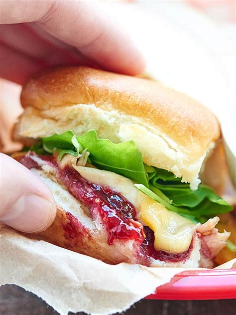 hot turkey breast sandwich recipe shredded turkey and gravy sandwiches