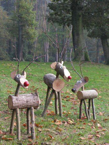diy outdoor wooden christmas decorations rustic very well and reindeer on pinterest