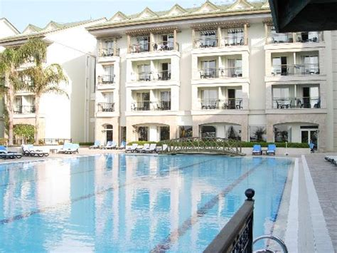 chambre avec vue chambre avec vue sur piscine et sur mer picture of alva