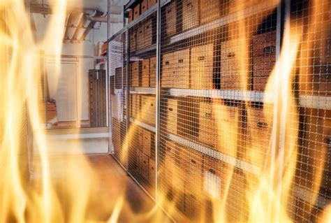 A bitcoin miner processes transactions on the block chain, and helps keep a public record of all transactions in history of bitcoin. Video Shows $10M Chinese Bitcoin Mining Farm in Flames ...