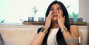 Kylie Jenner Crying GIFs - Find & Share on GIPHY