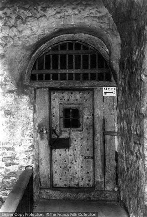 Colchester, The Dungeon Door 1908 - Francis Frith