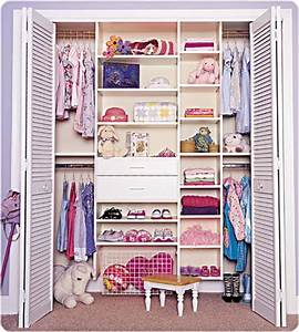 Organize-a-small-walk-in-closet-design | KITCHENTODAY