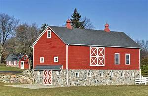 choose farm animal friendly paints says paint expert With barnyard red paint