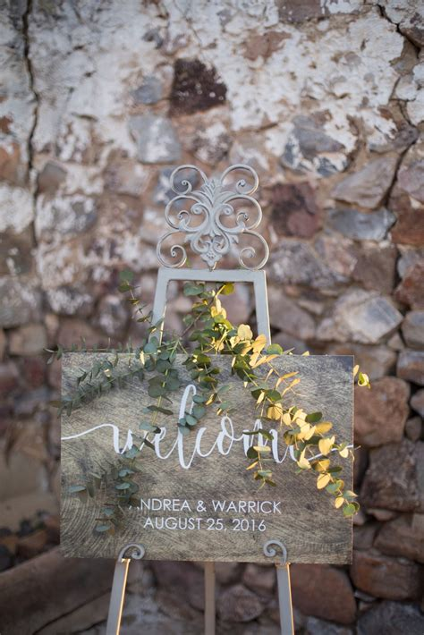 rustic splendour wedding inspiration  lilly lace