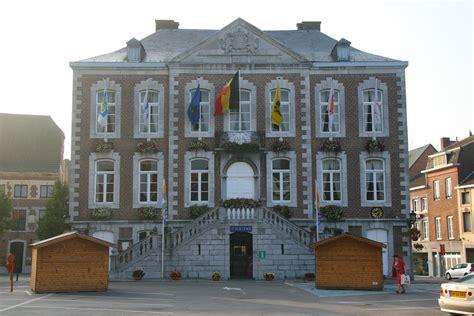File:Tongeren gemeentehuis.jpg - Wikimedia Commons