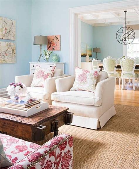 hiasan ruang tamu  sentuhan warna pastel menarik